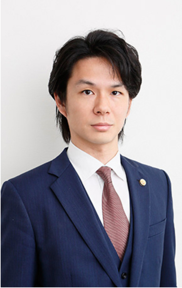 弁護士 成田翼